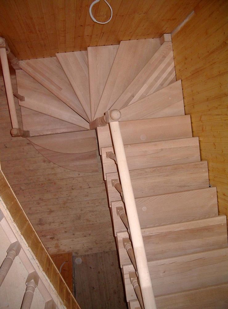 Лестница своими руками с поворотом на 180  337